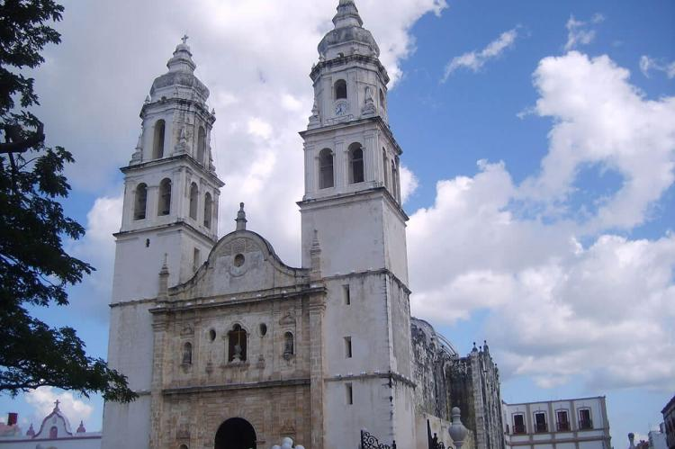 Cathedral of San Franciso de Campeche (Mexico)