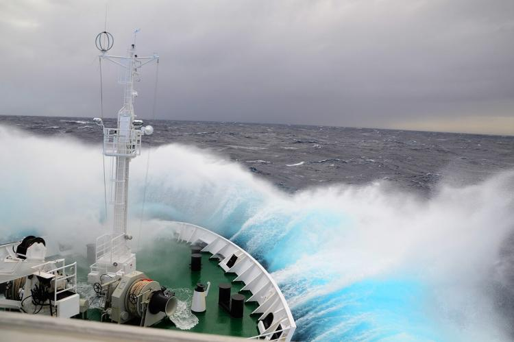 Waves on the Drake Passage