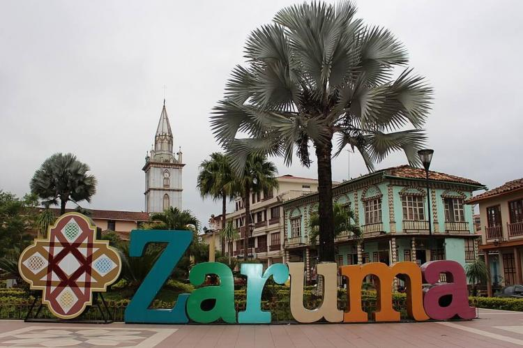 Independence Plaza, Zaruma, Ecuador