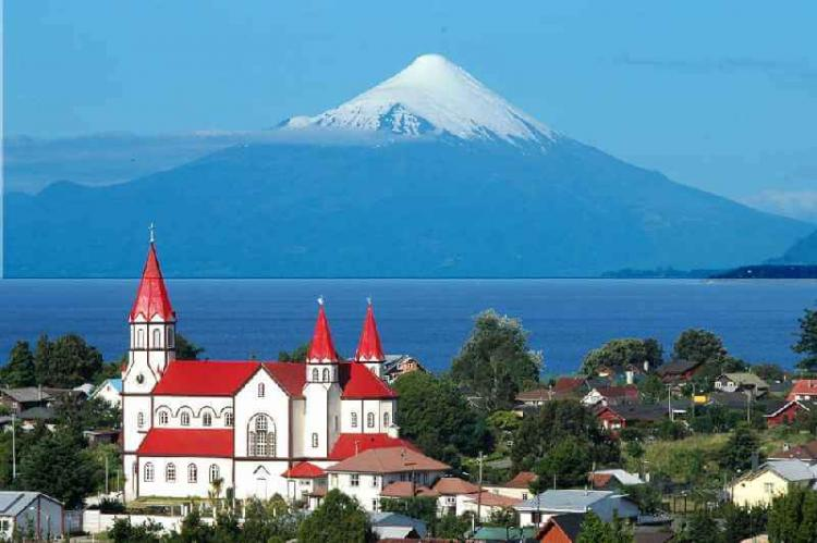View of Puerto Varas, Los Lagos Region, with Osorno Volcano and Llanquihue Lake in the background, Chile