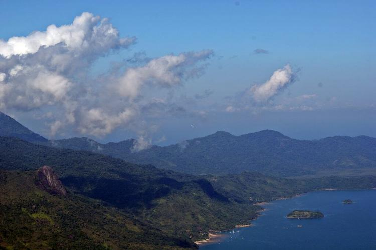 Aerial view of Serra do Mar, in Ubatuba, São Paulo coast, Brazil