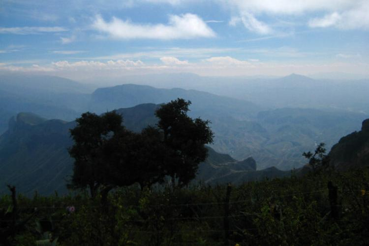 Panoramic view of the Sierra Gorda de Querétaro, from the Cuatro Palos viewpoint (Mexico)